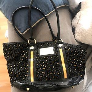 Bestseyville - Leopard Print purse